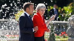 Планът на Мей за Брекзит е неприемлив, заяви Макрон
