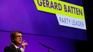 Партията за независимост на Обединеното кралство отхвърли антиевропейския проект на Банън