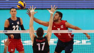 Волейболистите на САЩ се устремиха към финалите на световното след успех срещу Канада