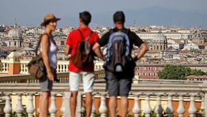 Говорителят на италианския премиер заплаши данъчните с мега вендета
