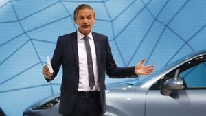 """""""Порше"""" стана първият германски производител на автомобили, който се отказва от дизела"""