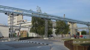 """Нелегален спиртопровод е открит във """"Винпром Карнобат"""", обявиха от митниците"""