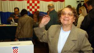 Хърватският кабинет предлага мъжете да се пенсионират на 67 г., жените - на 65 през 2031 г.
