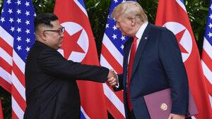 """""""Уолстрийт джърнъл"""": Службите в Северна Корея и САЩ тайно поддържали връзка"""
