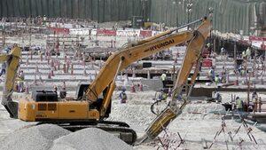 """""""Амнести"""": Работниците на обектите за Катар 2022 не получават пари с месеци"""