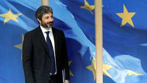 """Италианското Движение """"Пет звезди"""" изключва съюз с крайнодесните в европарламента"""