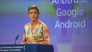 """""""Гугъл"""" променя условията за производители на смартфони с """"Андроид"""" заради глоби от ЕС"""