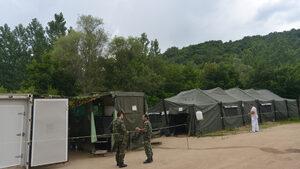 Армията може да изпълнява задълженията си, но със затруднения, приеха депутатите