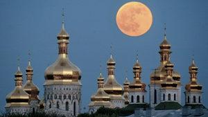 """В битката за църквите Путин губи шанс за """"руски свят"""", Украйна печели идентичност"""