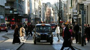 Черните лондонски таксита отиват и в Париж през 2019 г.