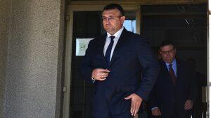 Няма как системно да се изкривява статистиката за престъпността, увери министър Маринов