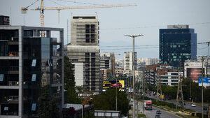 Увеличеното предлагане на офис площи ще постави под натиск наемите, смятат експерти