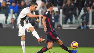 Футболната страст отвъд смъртта: не носете цветя, а голове на Роналдо