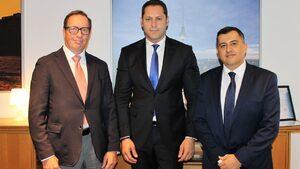 Германска компания за автоинтериор ще открие фабрика в Русе