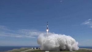 Видео: И Rocket Lab излезе на пазара за сателити с цена от само $5 млн. на старт