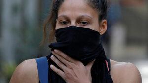 Снимка на деня: На боксовия ринг с маски и шалове заради мръсния въздух в Ню Делхи