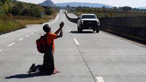 Заплаха за Америка ли е керванът от мигранти