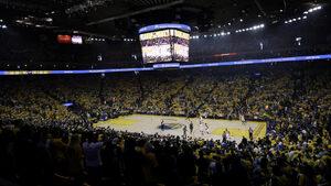 """С билет в залата, но не и на трибуните - нестандартният ход на """"Голдън стейт"""" в НБА"""