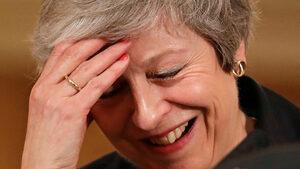 Сделката за Брекзит вкара Тереза Мей в най-голямата криза в нейното управление