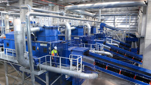 Външни фирми ще продължат да разделят отпадъците в завода за боклук