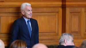 След оставката на Симеонов: Сидеров играе за повече ДПС във властта
