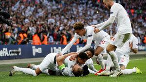 Зрелищен обрат срещу Хърватия класира Англия за финалите в Лигата на нациите