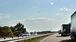 Международните превозвачи обжалват продуктовите такси