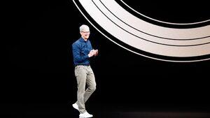 """Шефът на """"Епъл"""" призна, че все по-рядко използва """"Айфон"""""""