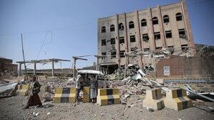 Шиитските бунтовници в Йемен обявиха, че спират ударите по саудитската коалиция
