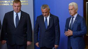 Сидеров обяснил на Борисов как оставката на Каракачанов ще заздрави коалицията