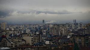 Въздухът в София ще е умерено замърсен днес и утре