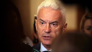 Волен Сидеров: Без мен нямаше да има управляваща коалиция
