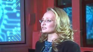 """Руска телевизия за пръв път показа """"малката дъщеря на Путин"""""""