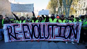 """Полицията в Париж се готви за петия пореден протест на """"жълтите жилетки"""""""