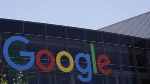"""Русия глоби """"Гугъл"""" заради забранени сайтове"""
