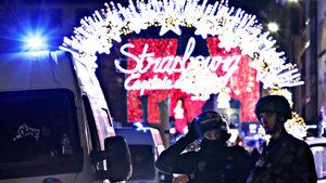 Най-малко двама загинаха при стрелба до коледния пазар в Страсбург (обновена)