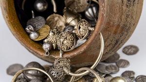 Изложба събира златните и сребърни археологически находки на 2018 г.