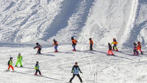 София ще подкрепи министерството на спорта за кандидатура за младежка зимна олимпиада