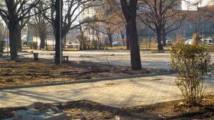 Обновена квартална градинка