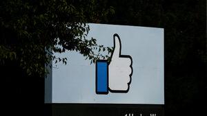 """""""Фейсбук"""" съобщи за бъг, засегнал до 6.8 млн. души"""
