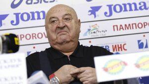 Венцислав Стефанов: ФИФА и УЕФА да платят за видеоповторения в България