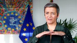 Няма как България да избегне глобата заради енергийния холдинг, заяви комисар Вестагер