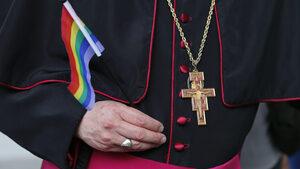 Куба се отказа да легализира гей браковете в новата си конституция