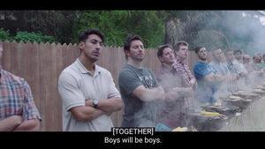 """Видео: Реклама на """"Жилет"""" предизвика дебат за мъжествеността"""