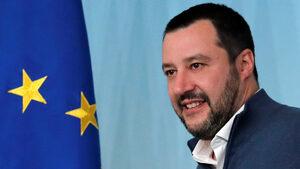 Салвини към Макрон: Италианските престъпници не би трябвало да си пият шампанското във Франция