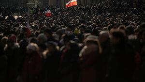 Хиляди поляци се сбогуваха с убития кмет на Гданск