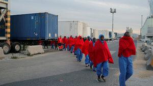 """Подкрепата на ЕС за Либия допринася за злоупотреби с мигранти, заяви """"Хюман райтс уоч"""""""