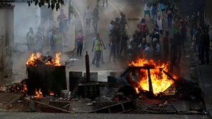 Военни във Венецуела обявиха бунт срещу Мадуро