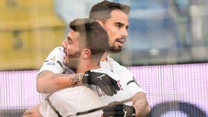 """""""Милан"""" се върна в четворката с труден успех в Генуа"""