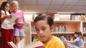 Книговището, което иска да върне четенето на мода сред децата